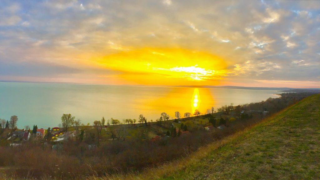 balatonakarattya-magaspart-naplemente-sunset-lakebalaton-panorama-hajozashu01