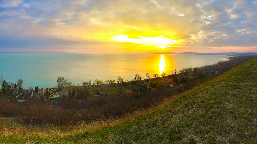 balatonakarattya-magaspart-naplemente-sunset-lakebalaton-panorama-hajozashu02