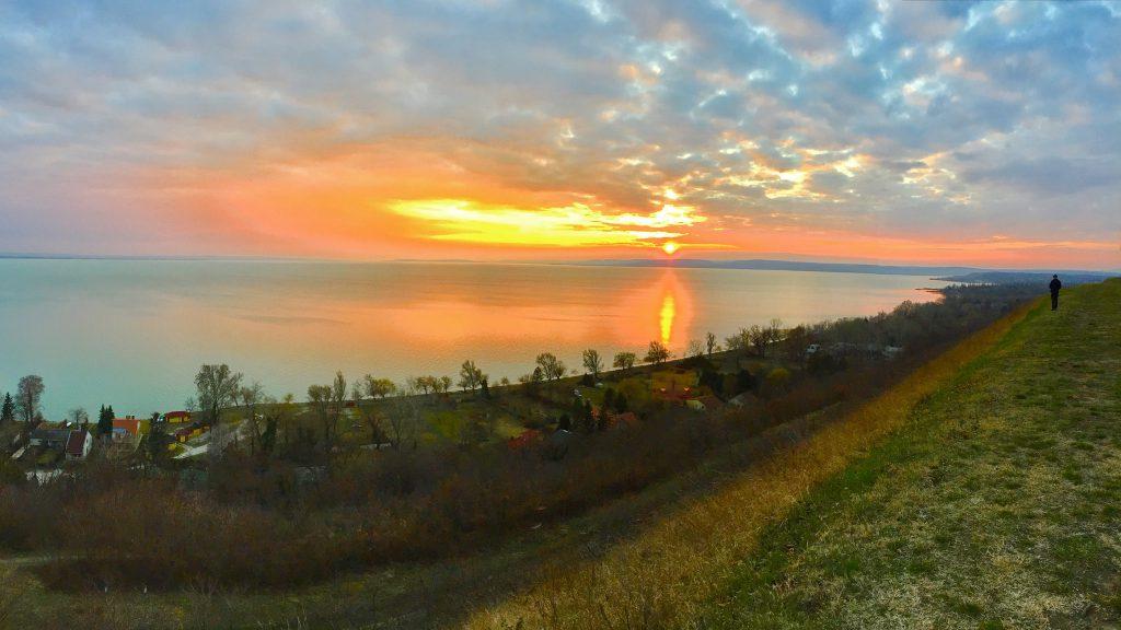 balatonakarattya-magaspart-naplemente-sunset-lakebalaton-panorama-hajozashu03
