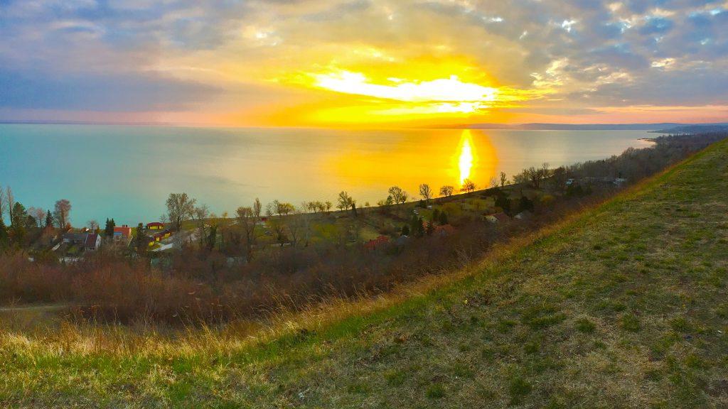 balatonakarattya-magaspart-naplemente-sunset-lakebalaton-panorama-hajozashu04