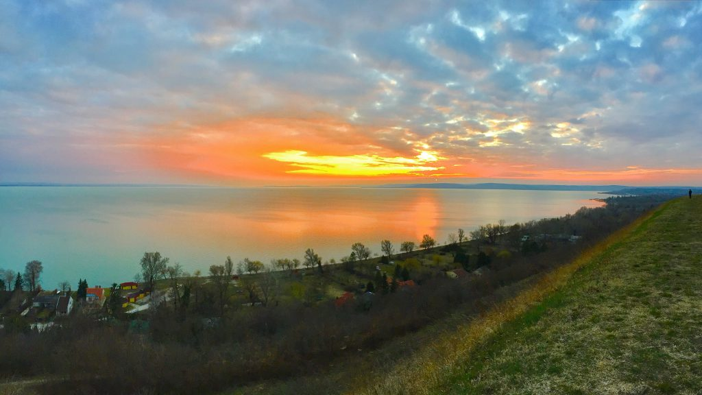 balatonakarattya-magaspart-naplemente-sunset-lakebalaton-panorama-hajozashu09