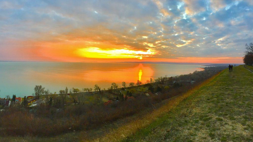 balatonakarattya-magaspart-naplemente-sunset-lakebalaton-panorama-hajozashu10