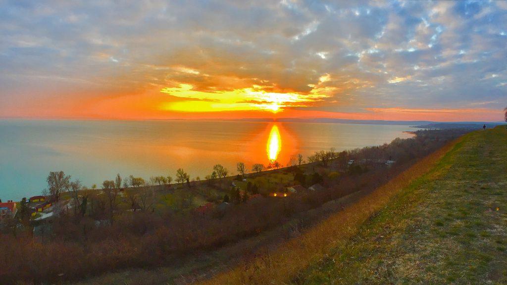 balatonakarattya-magaspart-naplemente-sunset-lakebalaton-panorama-hajozashu11