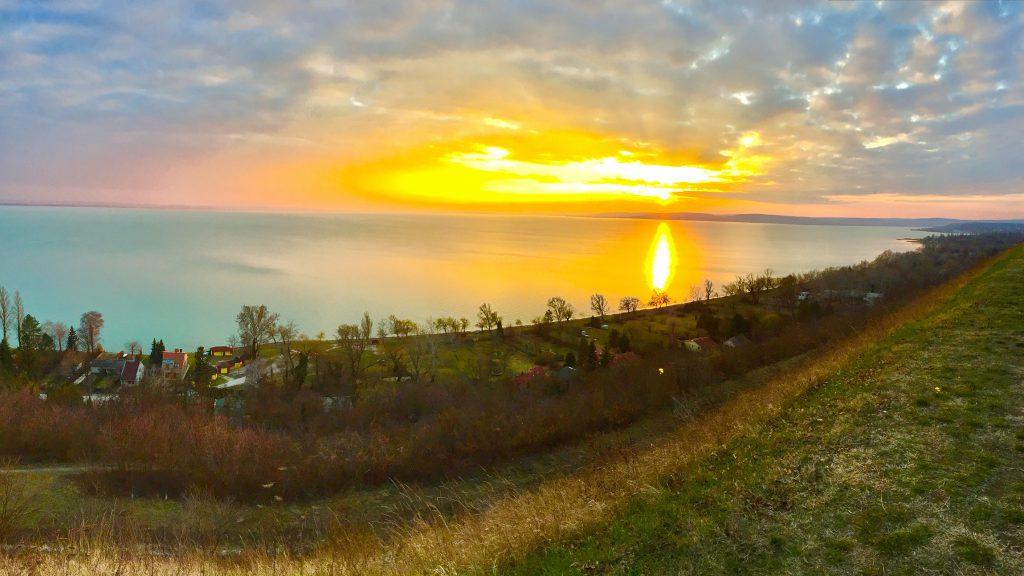 balatonakarattya-magaspart-naplemente-sunset-lakebalaton-panorama-hajozashu12