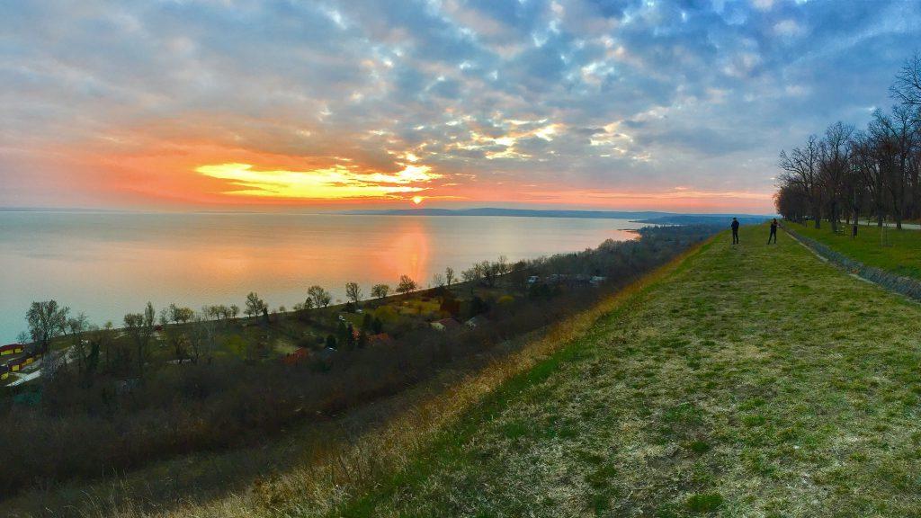 balatonakarattya-magaspart-naplemente-sunset-lakebalaton-panorama-hajozashu13