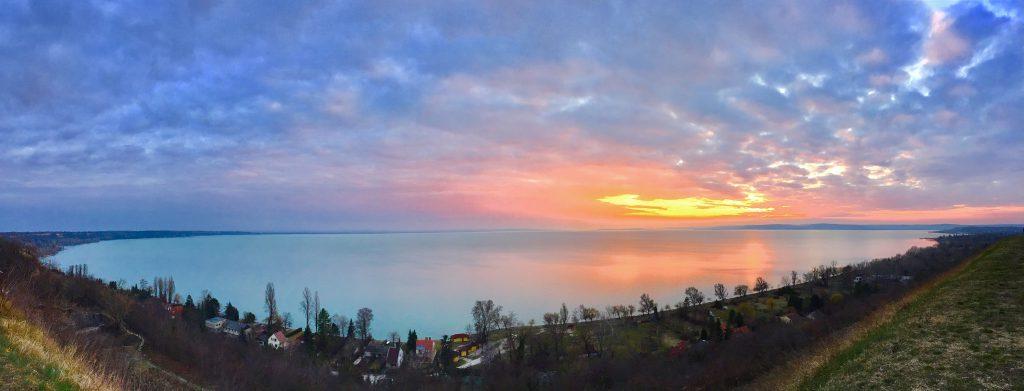 balatonakarattya-magaspart-naplemente-sunset-lakebalaton-panorama-hajozashu2