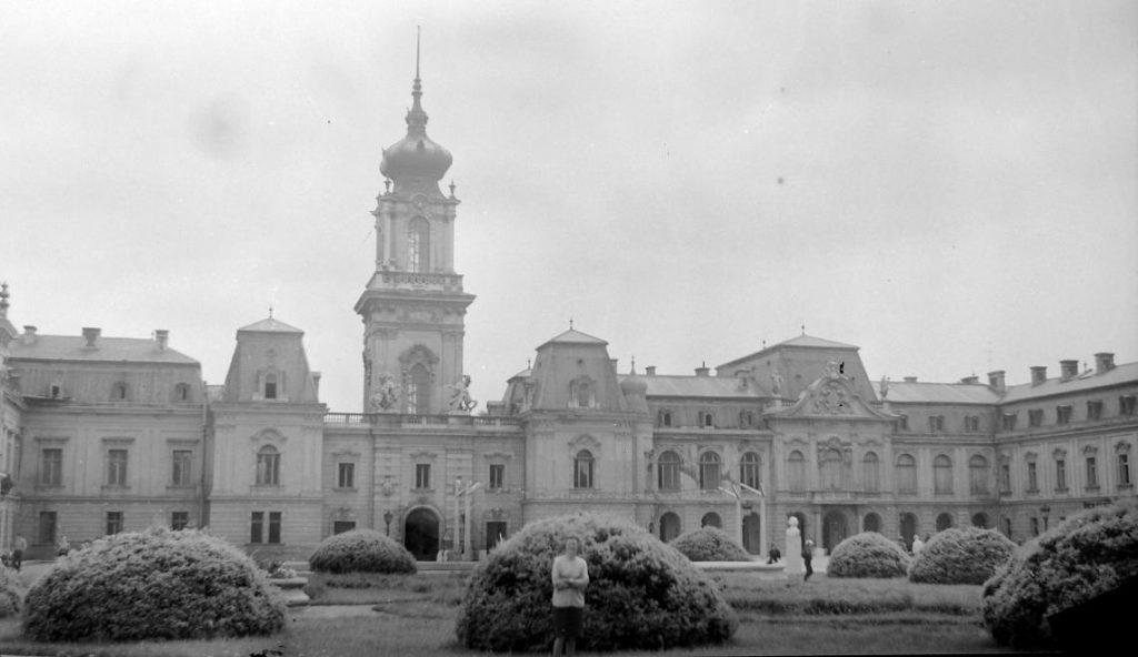 1962 Keszthely, Festetics Kastely Balaton, fotó © Gyöngyi