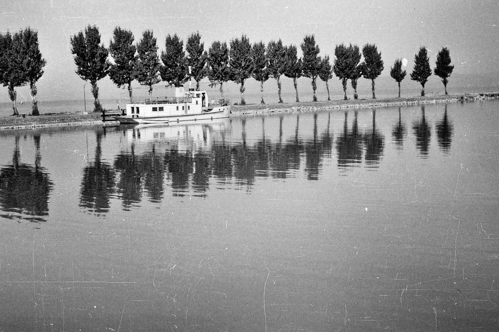 1962 Balatonszemes, Vituki kutatóhajó, fotó © Dr. Tóth Károly