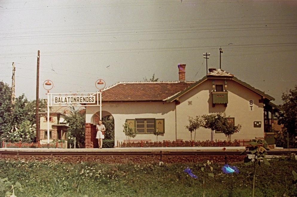 1942 Balatonrendes, Vasútállomás, fotó © Fortepan