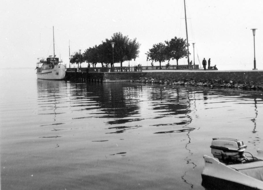 1970 Révfülöp, Hajóállomás, fotó © Gyöngyi