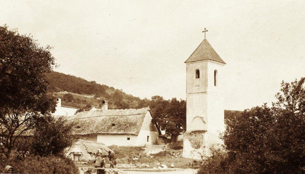 1918 Csopak, Harangtorony, fotó © Jurányi Attila