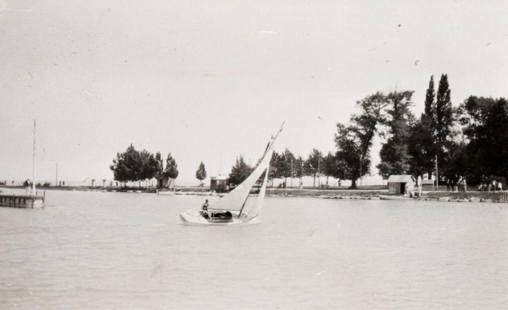 1920 Siófok kikötő, Péchy László