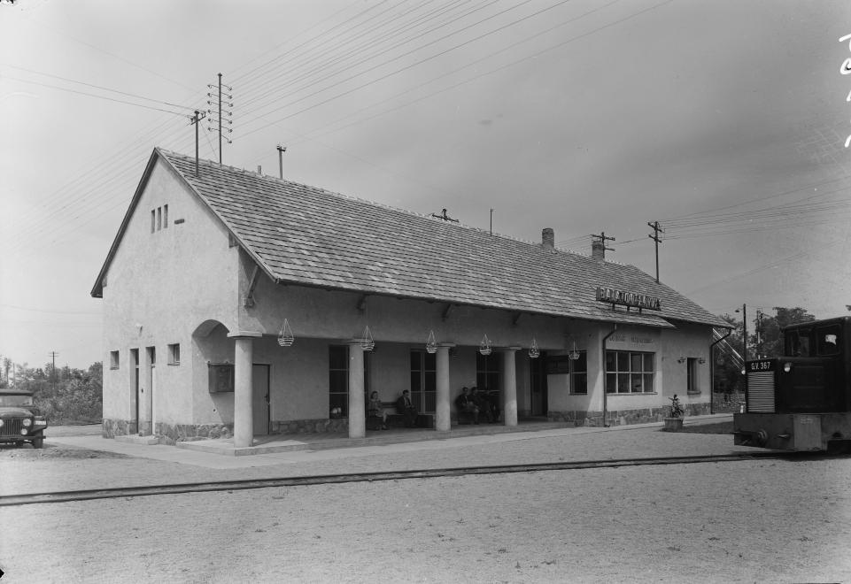 1956 Balatonfenyves, Vasútállomás, Csisztapuszta végállomás, fotó © Uvaterv