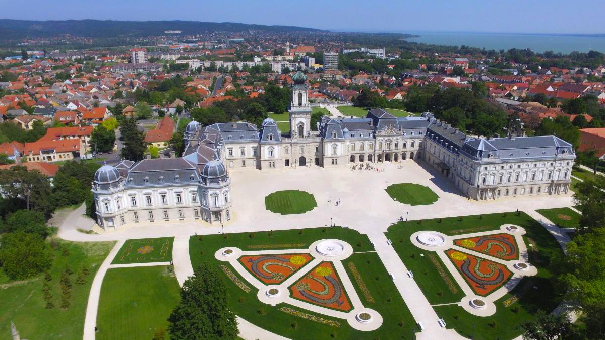 Zorán koncert a keszthelyi Festetics-kastélyban   CsodalatosBalaton.hu